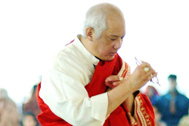 master Choa Kok Sui healing
